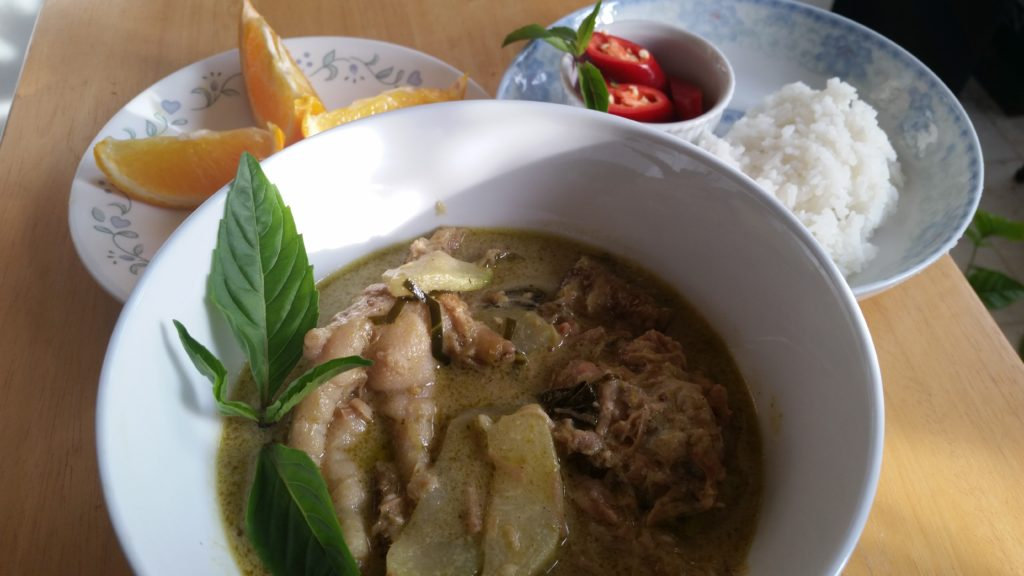Thai Chicken and Winter Melon Curry (Green Curry – Gang Keow Wan Gai)